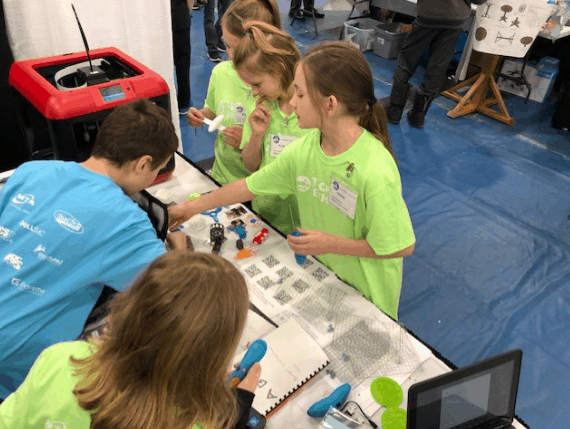 3D printing, student experts, technology